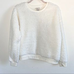 NWOT A New Day fuzzy sweater size Large